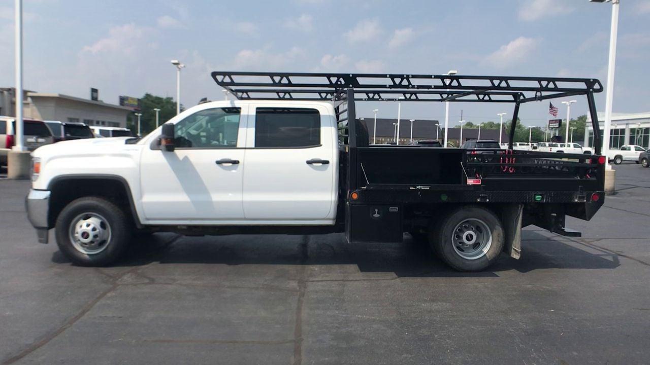 2019 Sierra 3500 Crew Cab DRW 4x4,  Contractor Body #111885 - photo 6