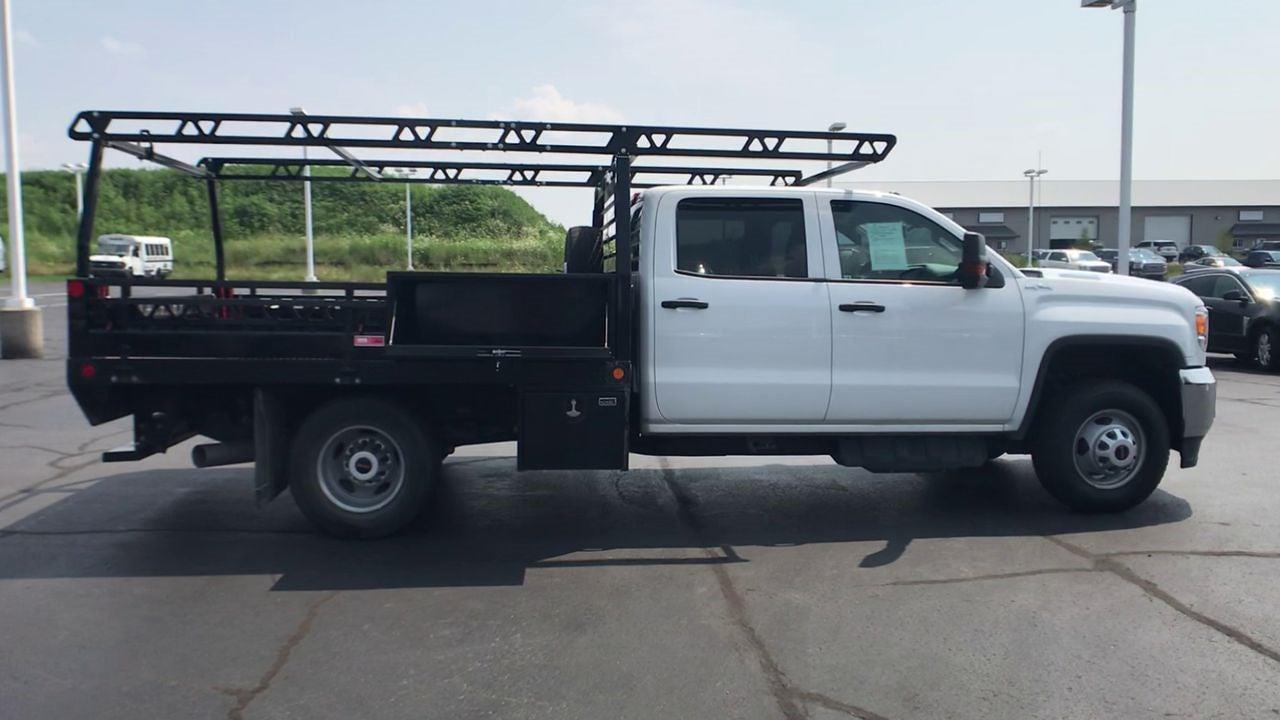 2019 Sierra 3500 Crew Cab DRW 4x4,  Contractor Body #111885 - photo 9