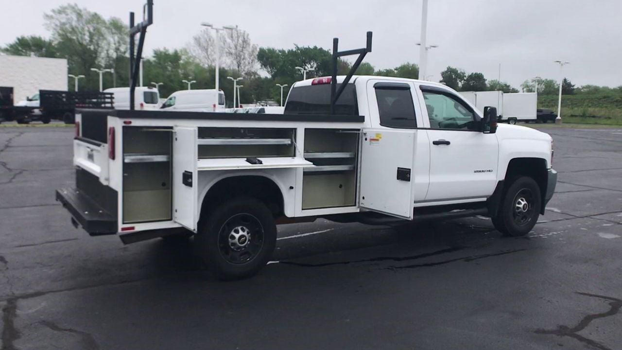 2019 Chevrolet Silverado 2500 Double Cab 4x4, Service Body #111888 - photo 1