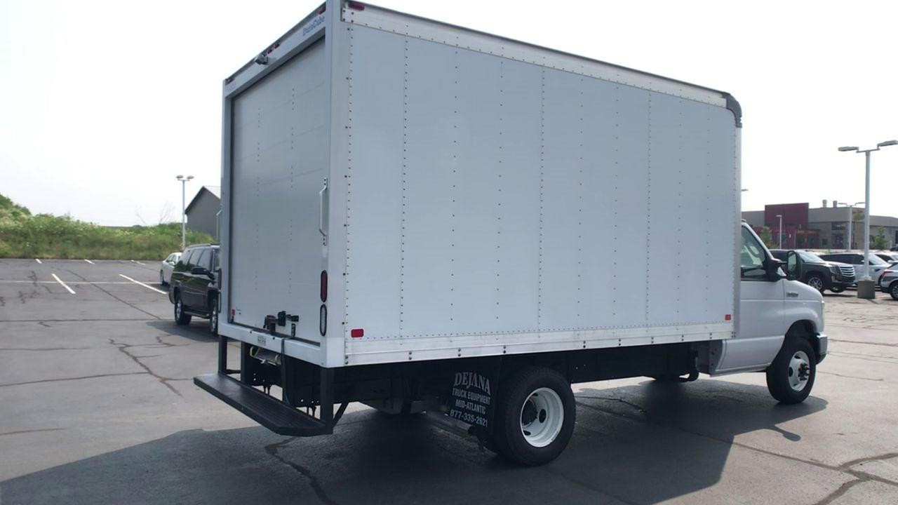 2017 Ford E-350 4x2, Dry Freight #111969 - photo 1