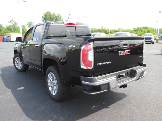 2016 Canyon Crew Cab 4x4, Pickup #GT742 - photo 2
