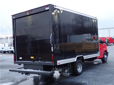 2017 Savana 3500 4x2,  Cutaway Van #HT10X28 - photo 2