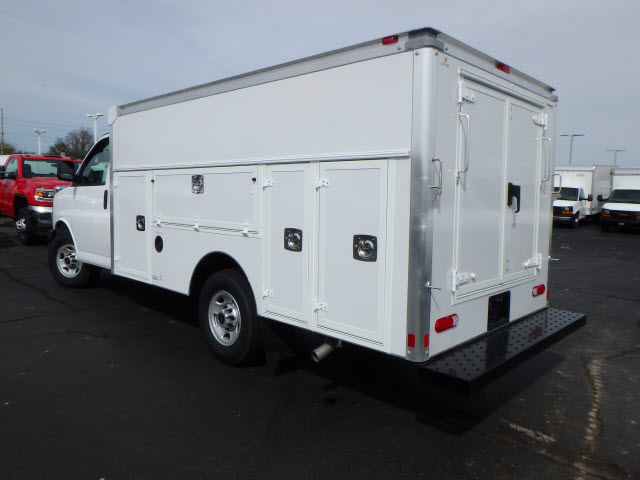 2017 Savana 3500, Supreme Service Utility Van #HT12X101 - photo 2