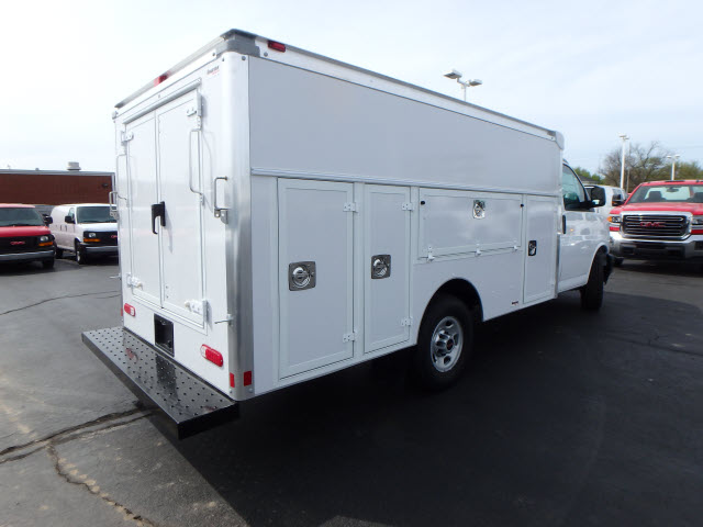 2017 Savana 3500, Supreme Service Utility Van #HT12X101 - photo 7