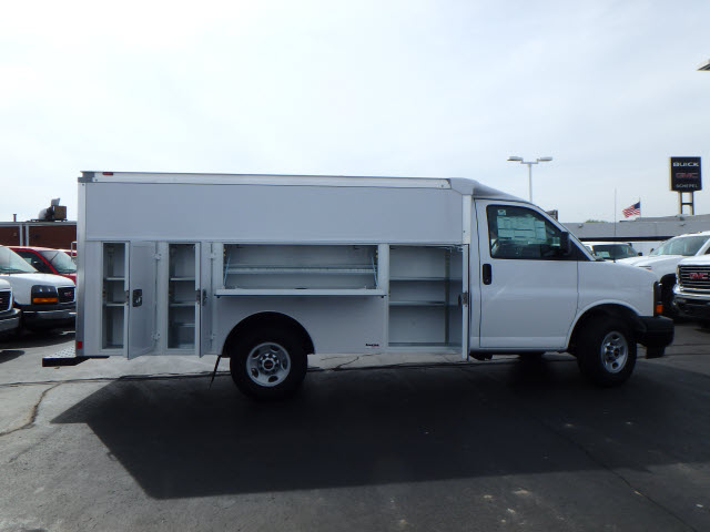 2017 Savana 3500, Supreme Service Utility Van #HT12X101 - photo 8
