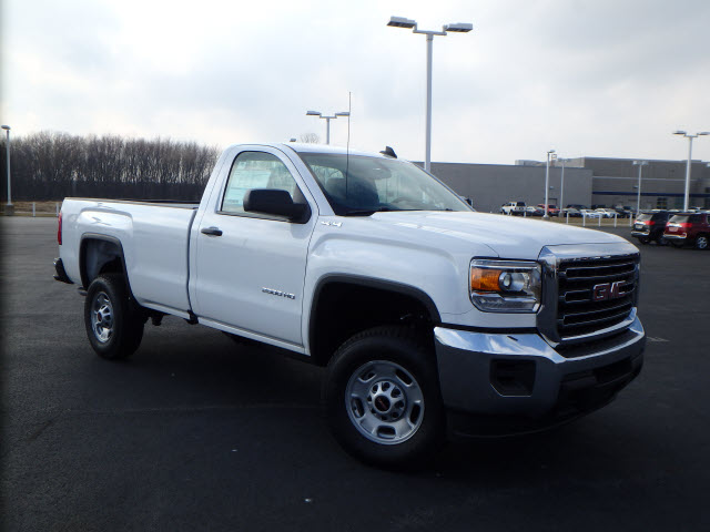 2017 Sierra 2500 Regular Cab 4x4 Pickup #HT195 - photo 3