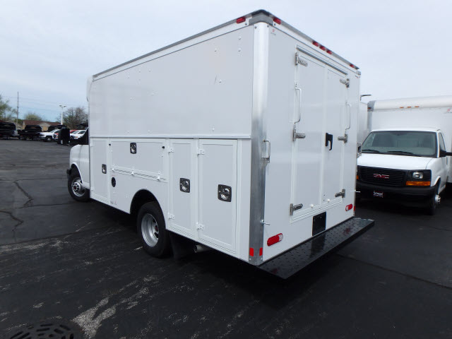 2017 Savana 3500, Supreme Cutaway Van #HT329 - photo 2
