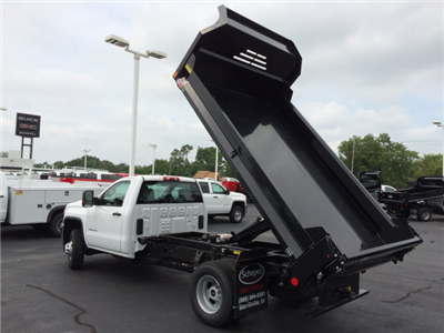 2017 Sierra 3500 Regular Cab 4x4 Dump Body #HT5X110 - photo 2
