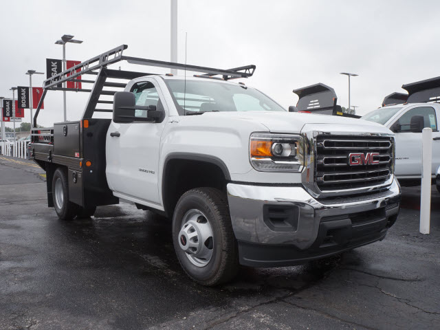 2017 Sierra 3500 Regular Cab 4x4 Contractor Body #HT711 - photo 3