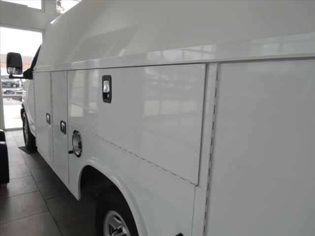 2017 Savana 3500, Service Utility Van #HTT320 - photo 5