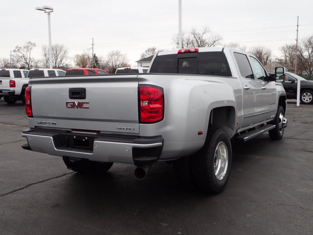 2018 Sierra 3500 Crew Cab 4x4, Pickup #JT10X149 - photo 2