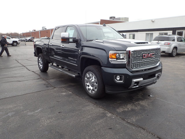 2018 Sierra 2500 Crew Cab 4x4, Pickup #JT1X106 - photo 3
