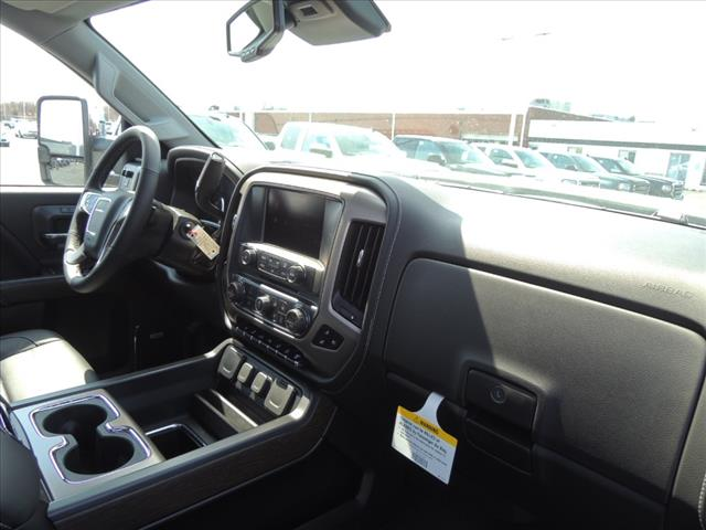 2018 Sierra 2500 Crew Cab 4x4, Pickup #JT348 - photo 20