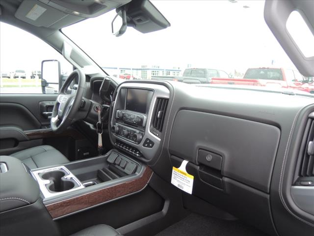 2018 Sierra 2500 Crew Cab 4x4, Pickup #JT449 - photo 20