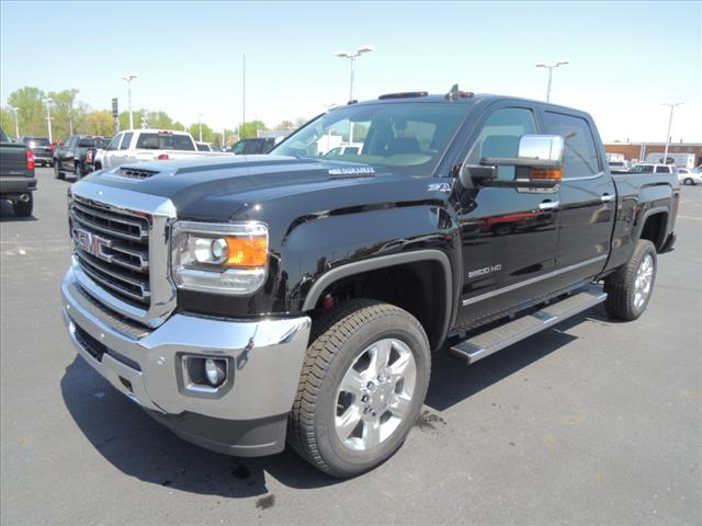 2018 Sierra 2500 Crew Cab 4x4,  Pickup #JT450 - photo 3