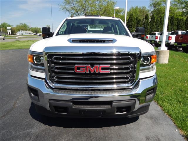 2018 Sierra 3500 Crew Cab DRW 4x4,  Service Body #JT542 - photo 3