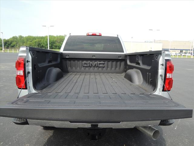 2018 Sierra 2500 Crew Cab 4x4,  Pickup #JT5X131 - photo 8