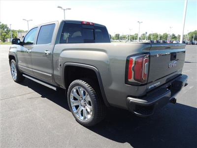 2018 Sierra 1500 Crew Cab 4x4,  Pickup #JT6X149 - photo 6