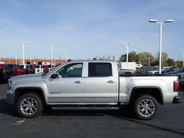2018 Sierra 1500 Crew Cab 4x4 Pickup #JT942 - photo 5