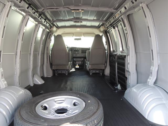 2019 Savana 2500 4x2, Empty Cargo Van #KT5X131 - photo 1