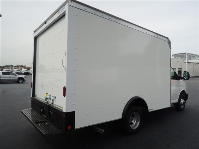 2019 Savana 3500 4x2, Rockport Cargoport Cutaway Van #KT7X125 - photo 2
