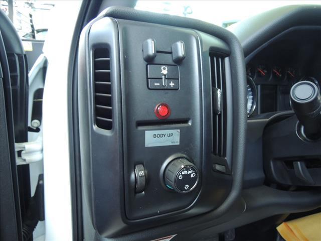 2019 Sierra 3500 Regular Cab DRW 4x2,  Monroe MTE-Zee Dump Body #KT9X135 - photo 15