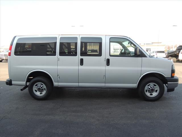 2020 GMC Savana 2500 4x2, Passenger Wagon #LT12X09 - photo 10