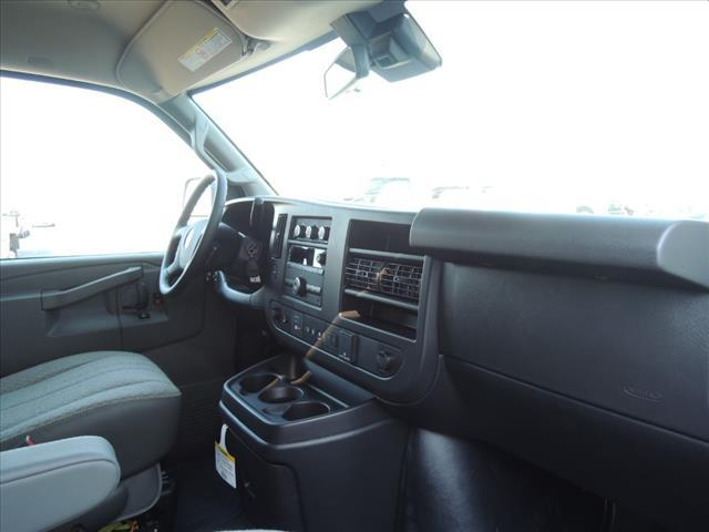 2020 GMC Savana 2500 4x2, Passenger Wagon #LT12X09 - photo 17