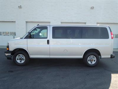 2020 GMC Savana 2500 4x2, Passenger Wagon #LT12X09 - photo 5