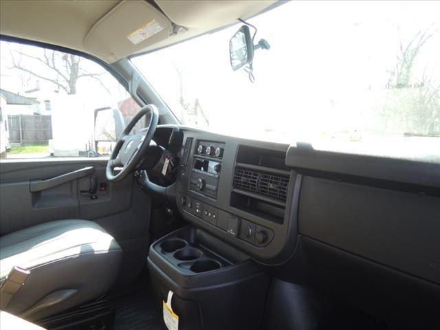 2020 GMC Savana 3500 RWD, Rockport Workport Service Utility Van #LT359 - photo 19