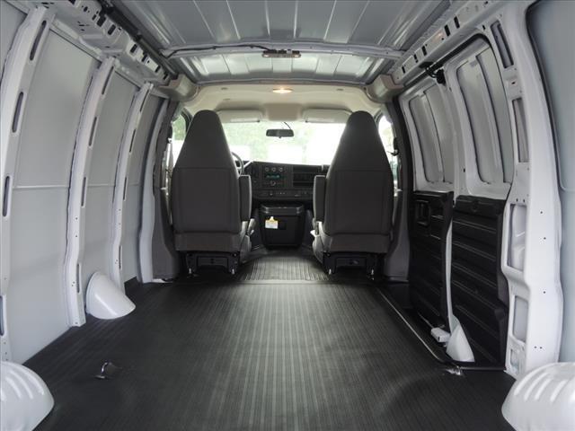 2020 Savana 2500 4x2, Empty Cargo Van #LT8X109 - photo 1