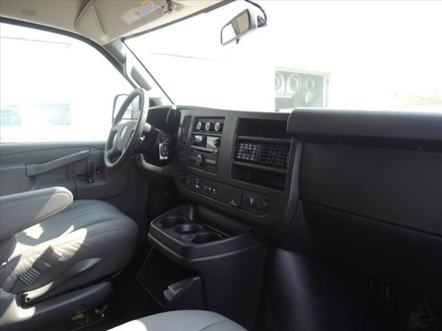 2020 GMC Savana 2500 RWD, Empty Cargo Van #LT8X111 - photo 17