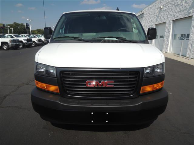 2020 GMC Savana 2500 RWD, Empty Cargo Van #LT8X111 - photo 3