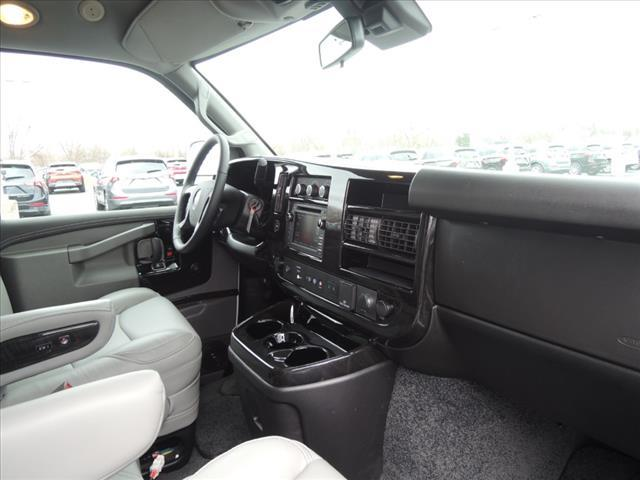 2020 GMC Savana 2500 RWD, Explorer Passenger Wagon #LV399 - photo 18