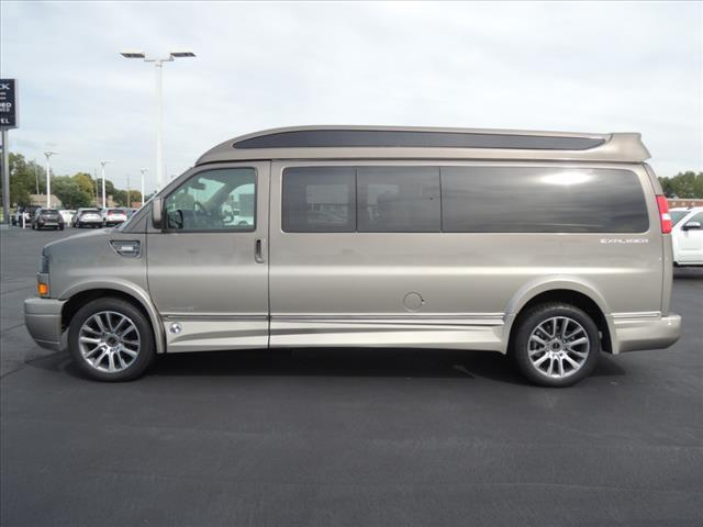 2020 GMC Savana 2500 RWD, Explorer Passenger Wagon #LV903 - photo 5