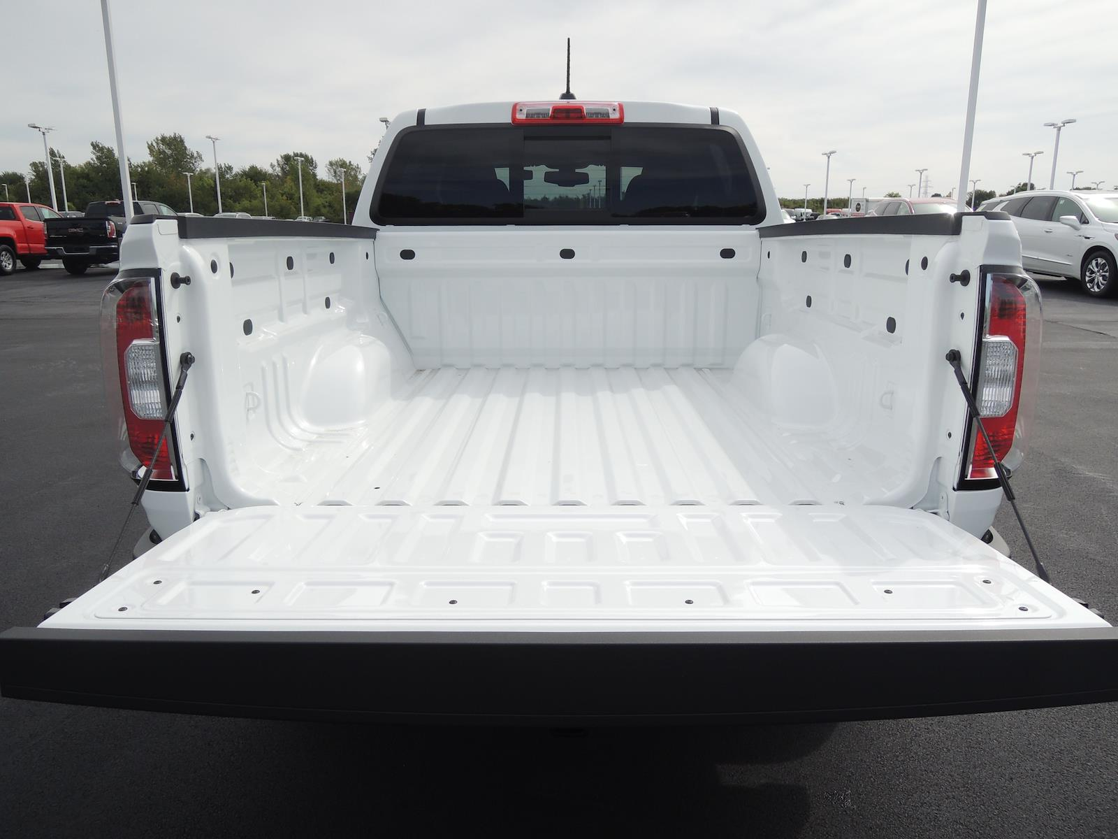 2021 GMC Canyon Crew Cab 4x4, Pickup #MT194 - photo 8