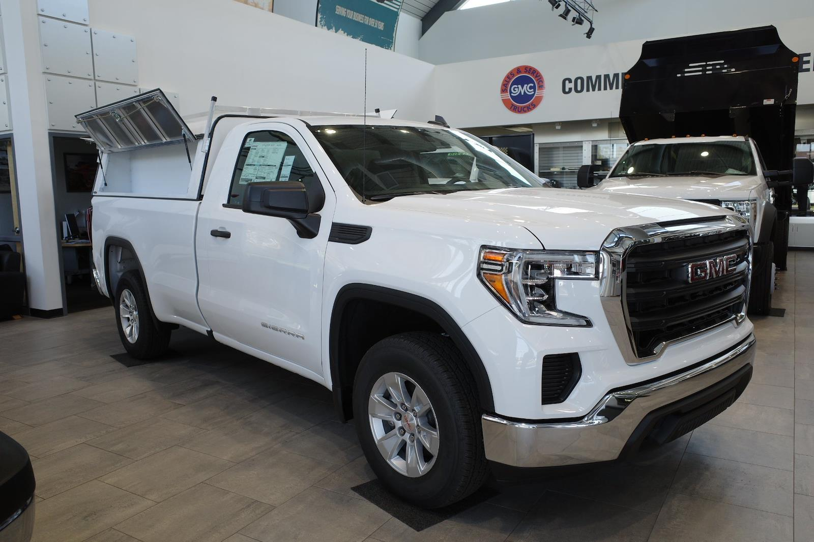 2021 GMC Sierra 1500 Regular Cab 4x2, Pickup #MT421 - photo 1