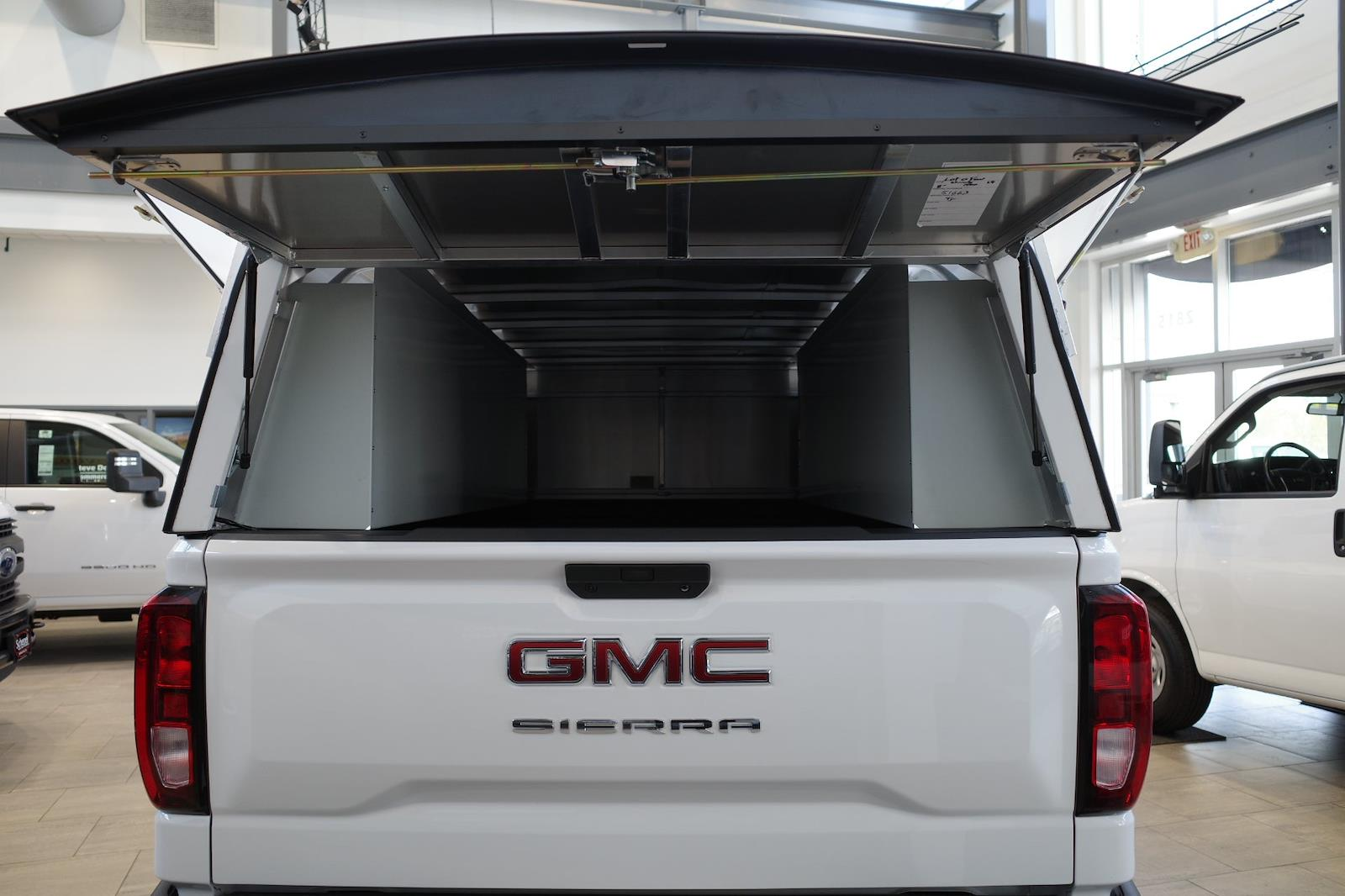 2021 GMC Sierra 1500 Regular Cab 4x2, Pickup #MT421 - photo 11
