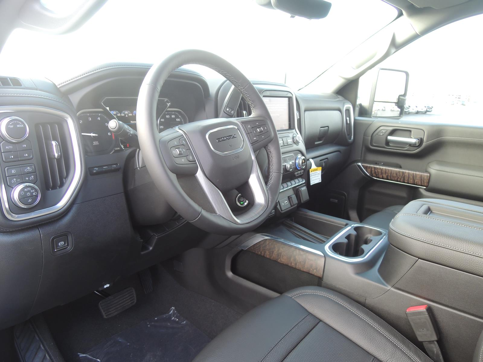 2021 GMC Sierra 2500 Crew Cab 4x4, Pickup #MT488 - photo 17