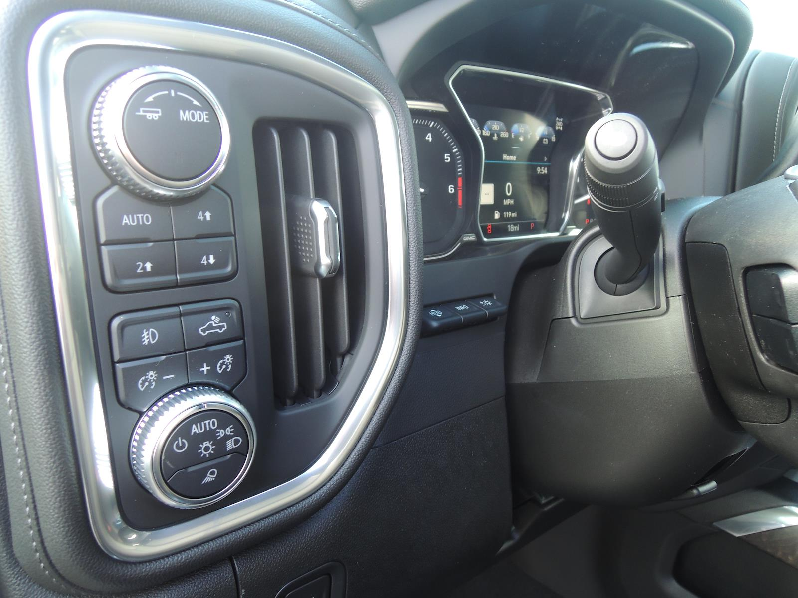 2021 GMC Sierra 2500 Crew Cab 4x4, Pickup #MT488 - photo 20
