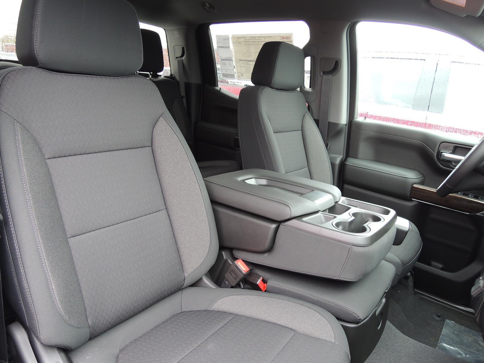 2021 GMC Sierra 1500 Crew Cab 4x4, Pickup #MT636 - photo 6