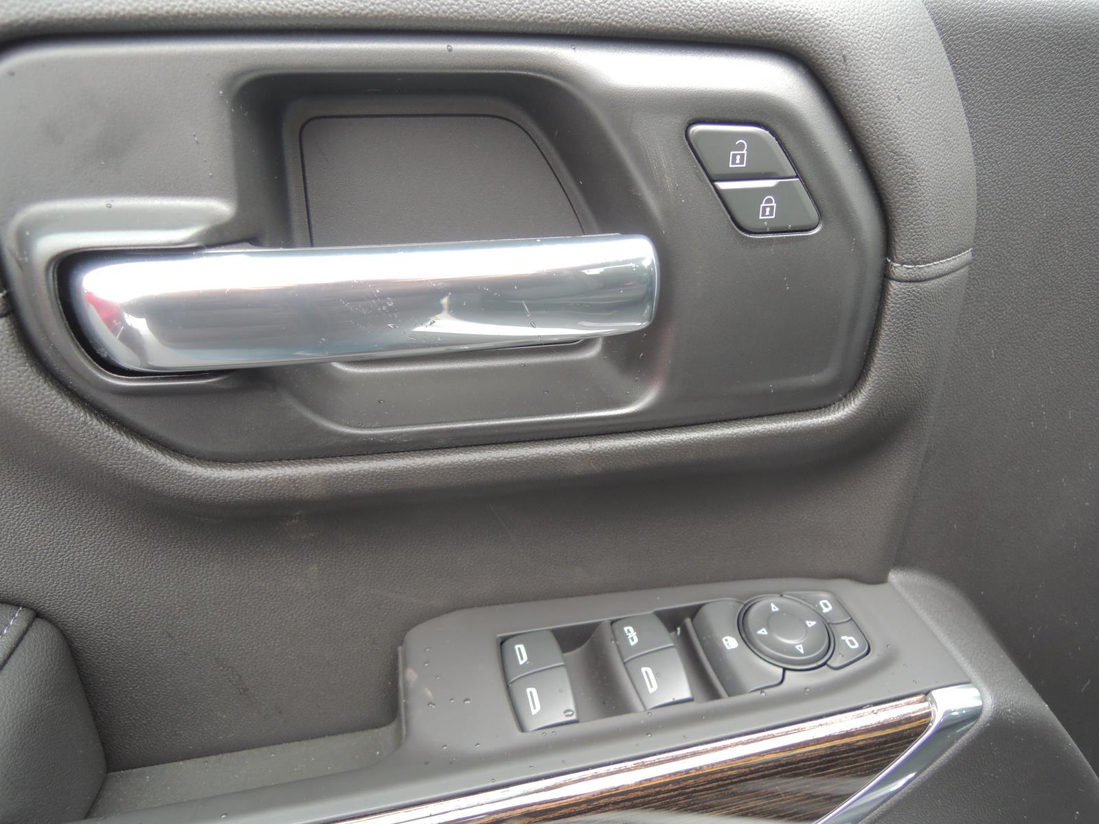 2021 GMC Sierra 1500 Double Cab 4x2, Pickup #MT727 - photo 18