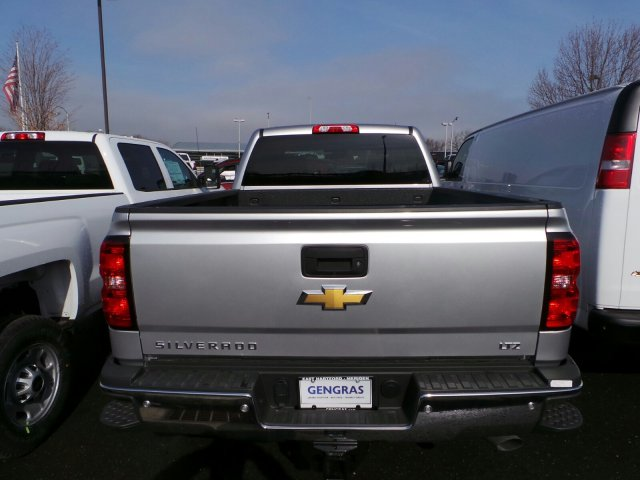 2017 Silverado 2500 Crew Cab 4x4, Pickup #C132483 - photo 2