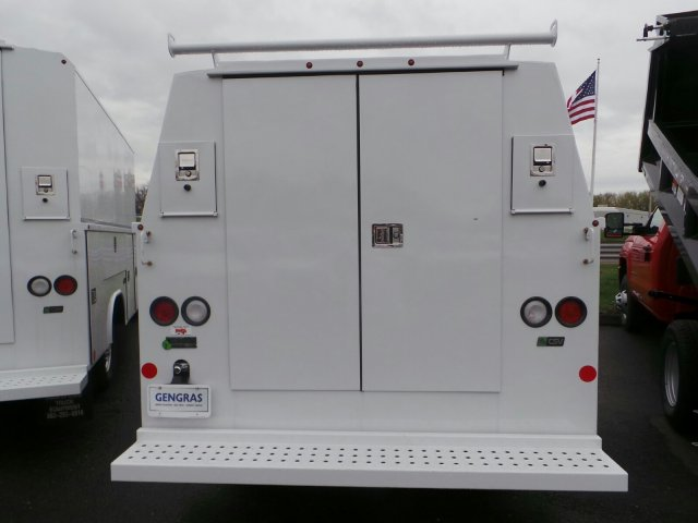 2017 Express 3500, Service Utility Van #C133714 - photo 5