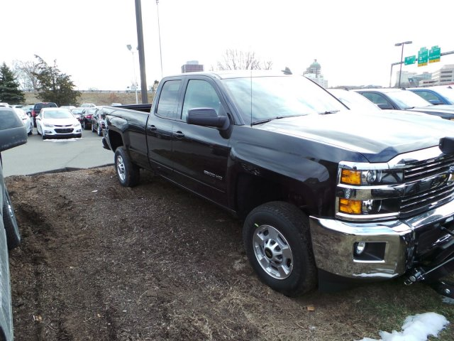 2017 Silverado 2500 Double Cab 4x4, Pickup #C173920 - photo 3