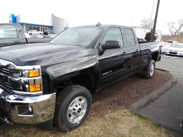 2017 Silverado 2500 Double Cab 4x4, Pickup #C173920 - photo 5