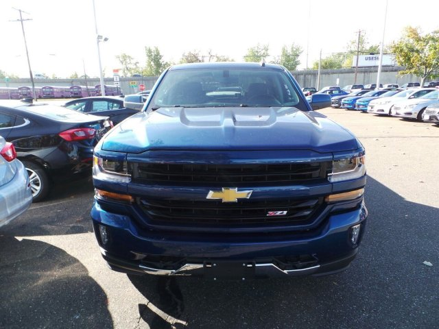 2017 Silverado 1500 Crew Cab 4x4, Pickup #C174925 - photo 4