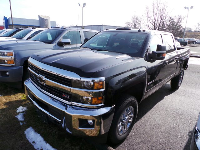 2016 Silverado 2500 Crew Cab 4x4, Pickup #C252234 - photo 4