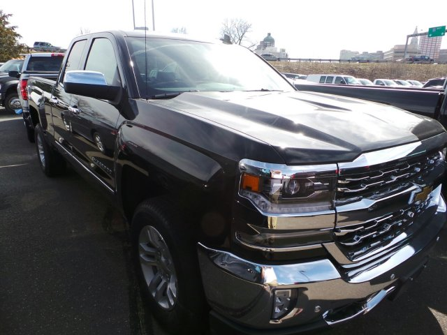 2017 Silverado 1500 Double Cab 4x4, Pickup #C270664X - photo 3