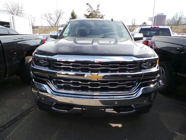2017 Silverado 1500 Double Cab 4x4, Pickup #C270664X - photo 5